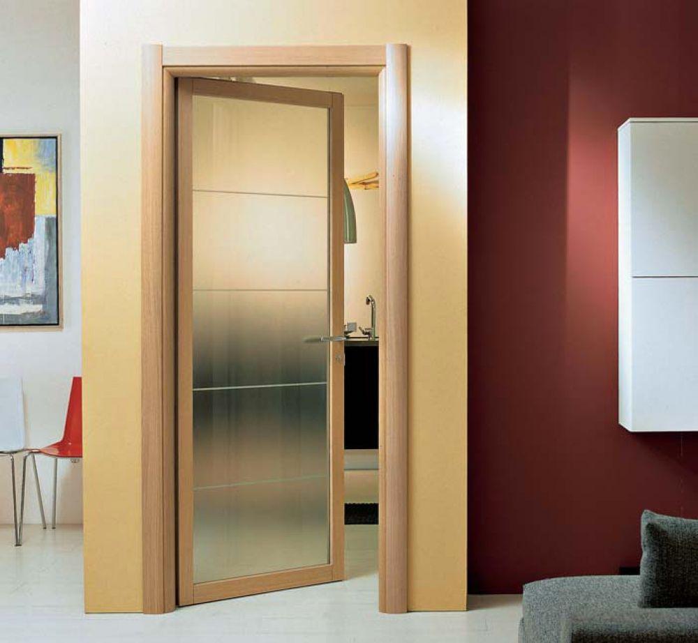 Porta battente in vetro e legno di ciliegio spazio for Porte a battente