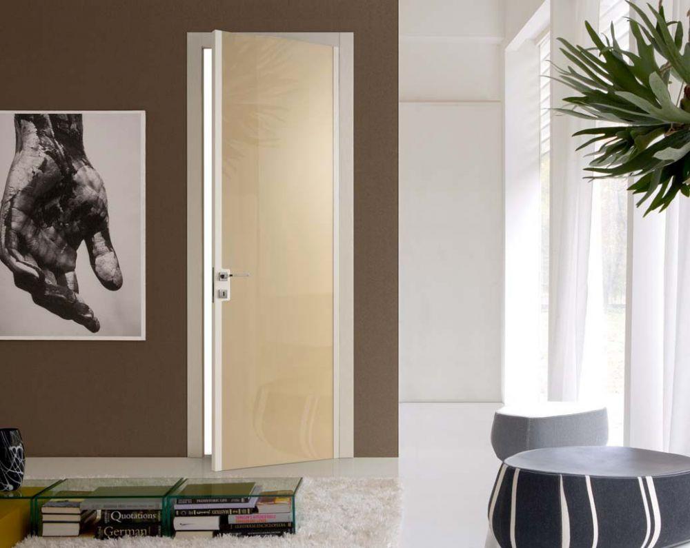 Reflex - Porta di design in frassino laccato e vetro