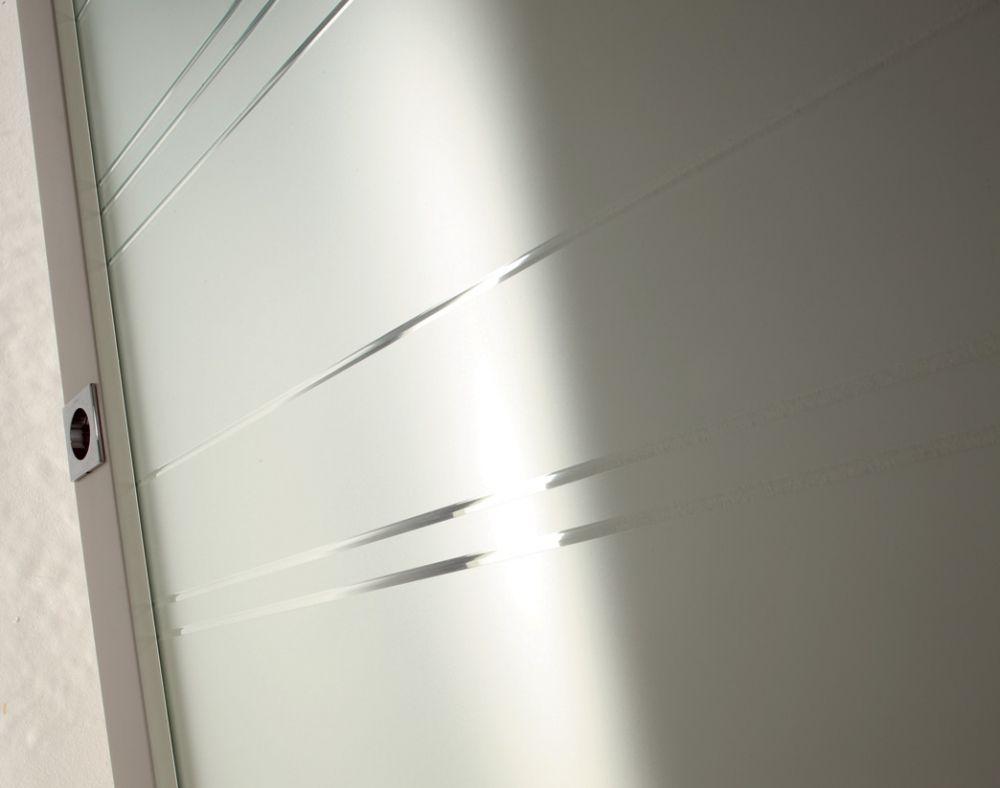 Particolare della porta Tekna 16