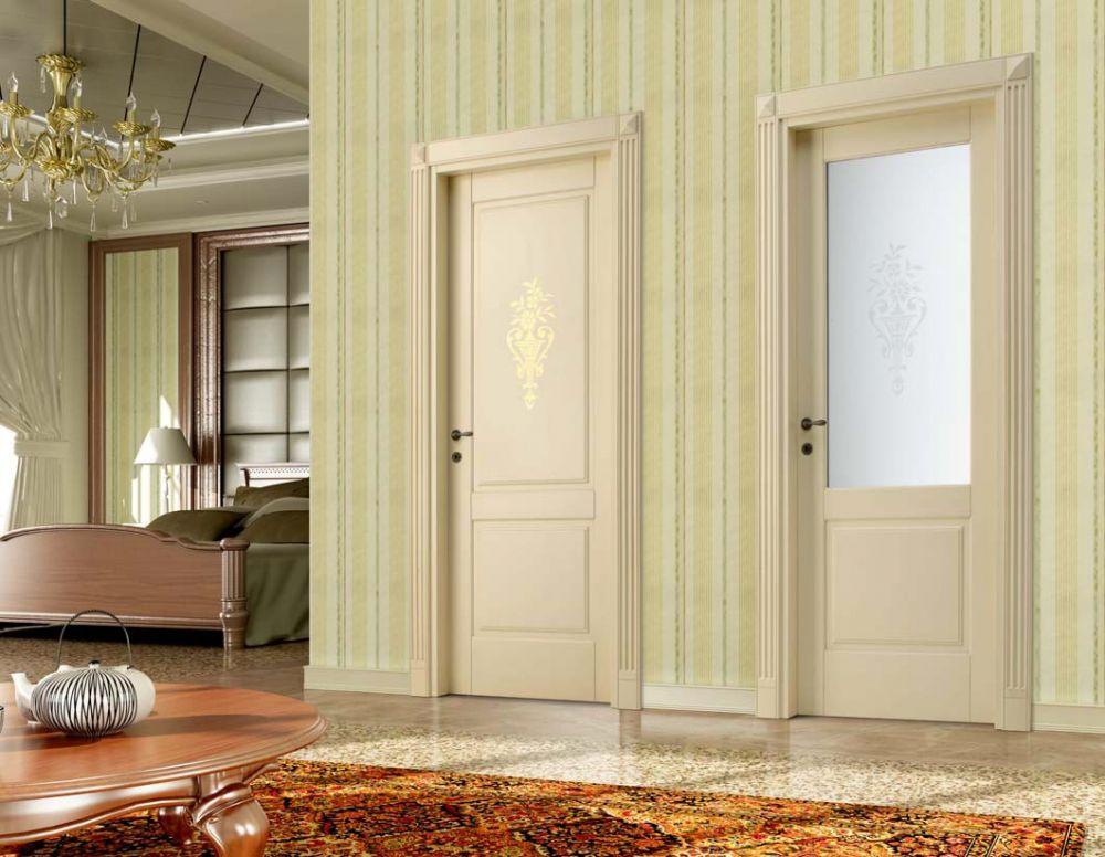 Porte classiche in legno e vetro con decoro antique 2a - Porte laccate avorio ...